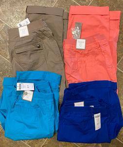 NWT Lot 4 Chico's Size 1.5  Ultimate Fit Cargo Pants, Capris